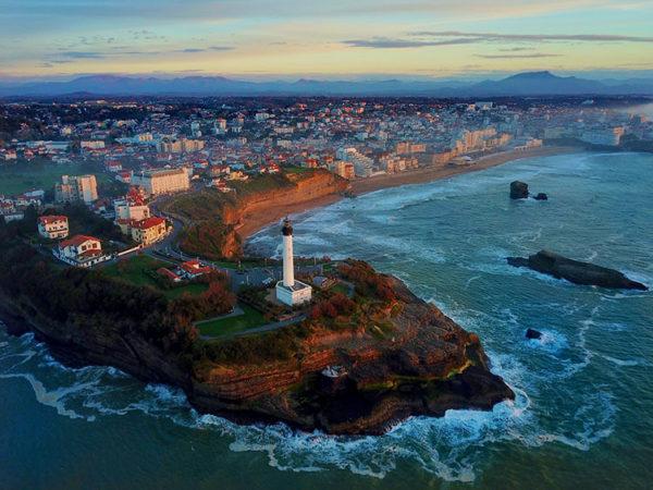 luxe-adventure-traveler-biarritz-lighthouse-2