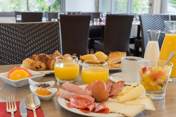 newbrand-6406-fr-biarritz-petit-dejeuner-7611